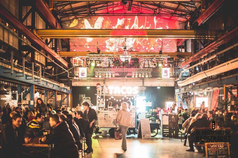 De Amsterdamsche Kerstmarkt laat zich misschien wel beter omschrijven als kerstfestival Beeld Vaag Photography