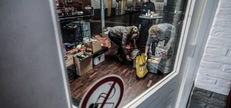 Rondgang van gilde door Stokkum levert vrachtwagen vol spullen op voor voedselbank