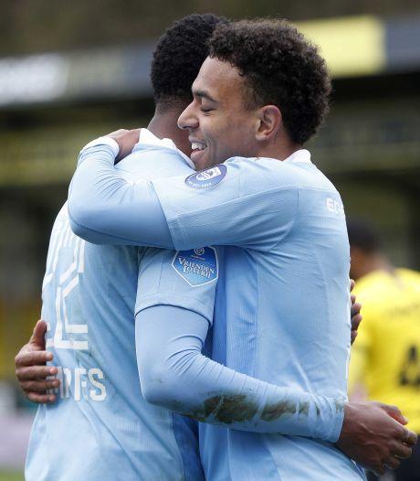 Samenvatting | PSV boekt oerdegelijke zege op zwak VVV