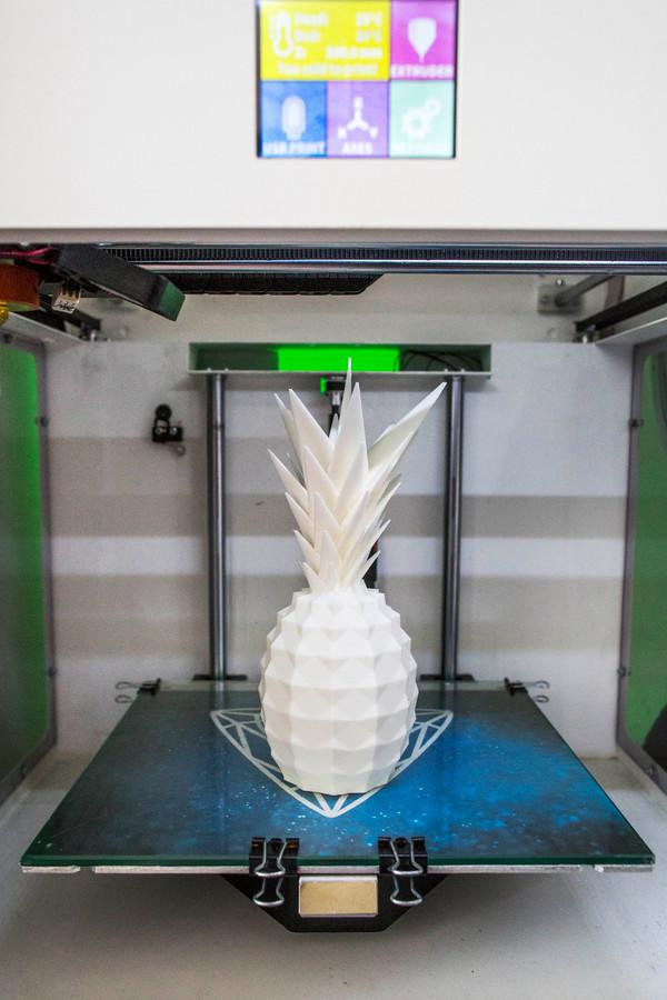 Een ananas op een 3Dprinter