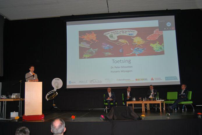 Huisarts Peter Missotten aan het woord op het symposium