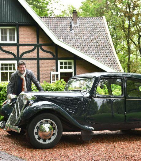 Rob Reerink uit Oldenzaal en zijn liefde voor een Bonnie & Clyde-auto met prachtige rondingen