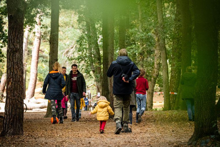 Als je naar een natuurgebied gaat, doe dat dan met maximaal 2 personen of een huishouden. Beeld Hollandse Hoogte /  ANP