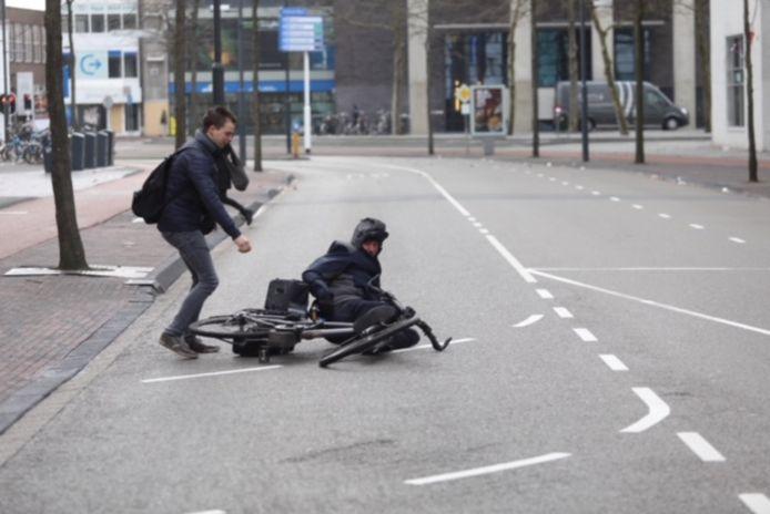 Op de Emmasingel in Eindhoven ging het fietsen donderdag niet van harte.