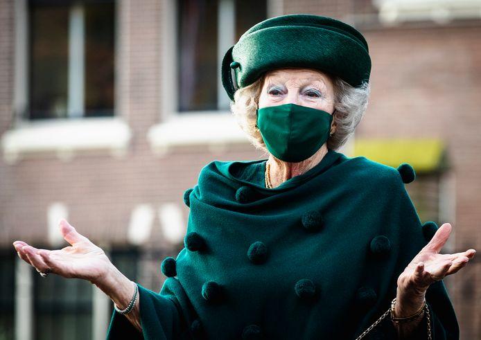 Prinses Beatrix in december tijdens haar bezoek aan het Dordrechts museum.