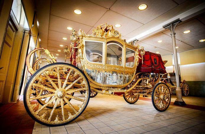 De Gouden Koets in de Koninklijke Stallen.