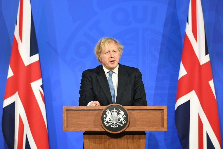 Britse premier Boris Johnson houdt een persconferentie. Beeld REUTERS
