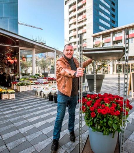 Opluchting: andere plek, maar Boeketje blijft aan Pieter Vreedeplein
