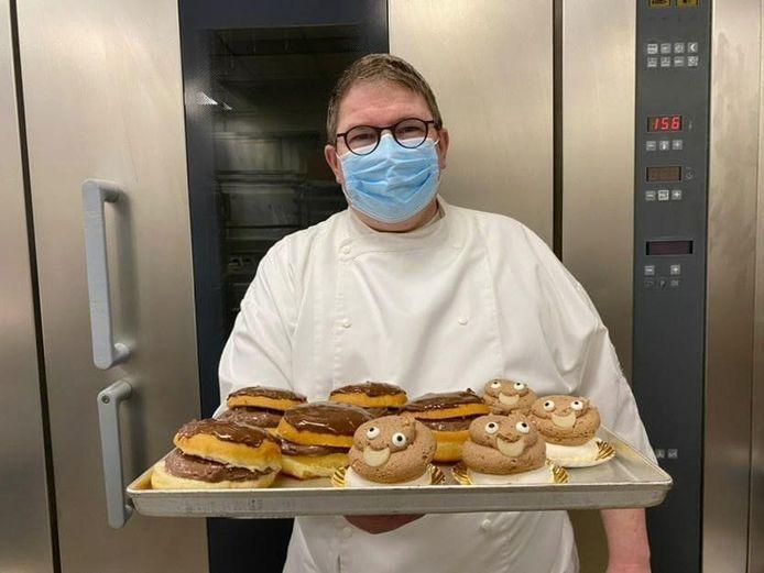 Bakker Gerry toont zich weer van zijn beste kant met de verkoop van gebakjes ten voordele van vzw Stop Darmkanker.