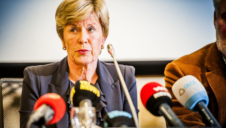 Rector Anne De Paepe ontkent op een persconferentie dat de UGent aan het wankelen is. Beeld STEFAAN TEMMERMAN