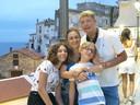 Wouter Vercruysse met zijn vrouw Roberta en hun kinderen Robert (10) en Emma (15).