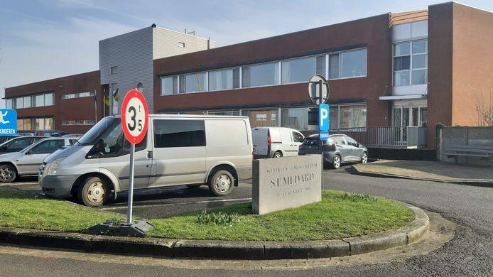 Woonzorgcentrum Sint-Medard noteert voor een derde keer een aantal coronabesmettingen.