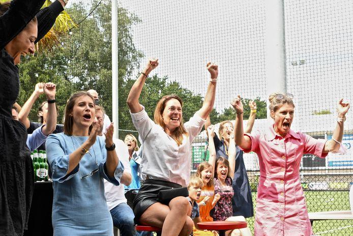 Ook de dames waren door het dolle heen dankzij het olympisch goud.