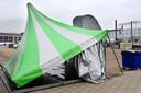 De opbouw van het evenementen-terrein voor 538-Koningsdag als onderdeel van Fieldlab op het Chasséveld is gestaakt.