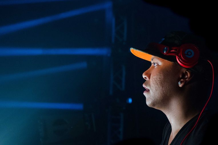 2013-08-24 HOOFDDORP - DJ Chuckie tijdens de twintigste editie van Mysteryland. Tientallen dj's treden op tijdens het oudste dancefestival van Nederland. ANP KIPPA FERDY DAMMAN Beeld ANP Kippa