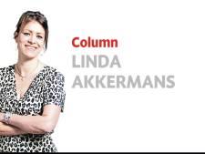 Tilburg moet juist blij zijn met een partijloze wethouder, met of zonder hoofddoek