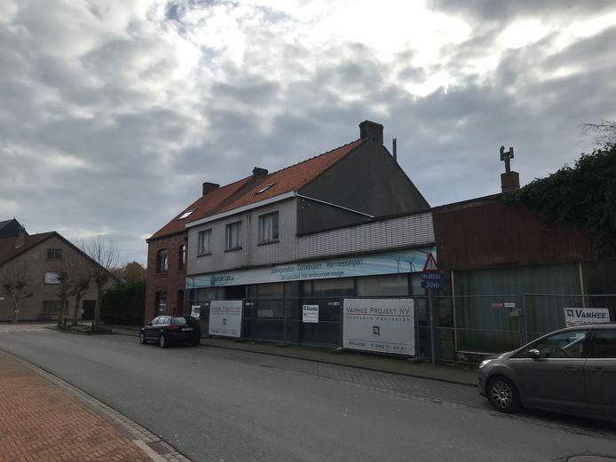 Op de hoek van de Zandvoordsestraat en Kasteeldreef kunnen 24 flats en garages komen.