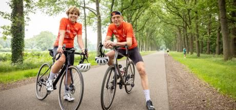 Echtpaar uit Almelo wil met deelname aan Tour for Life 10.000 euro inzamelen voor kankeronderzoek
