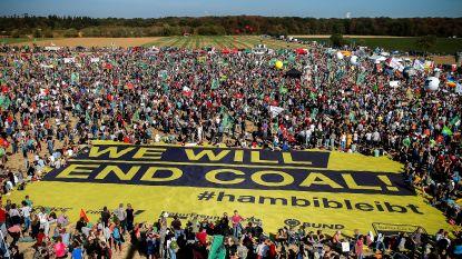 Duizenden mensen protesteren tegen ontbossing in omstreden Duits bos