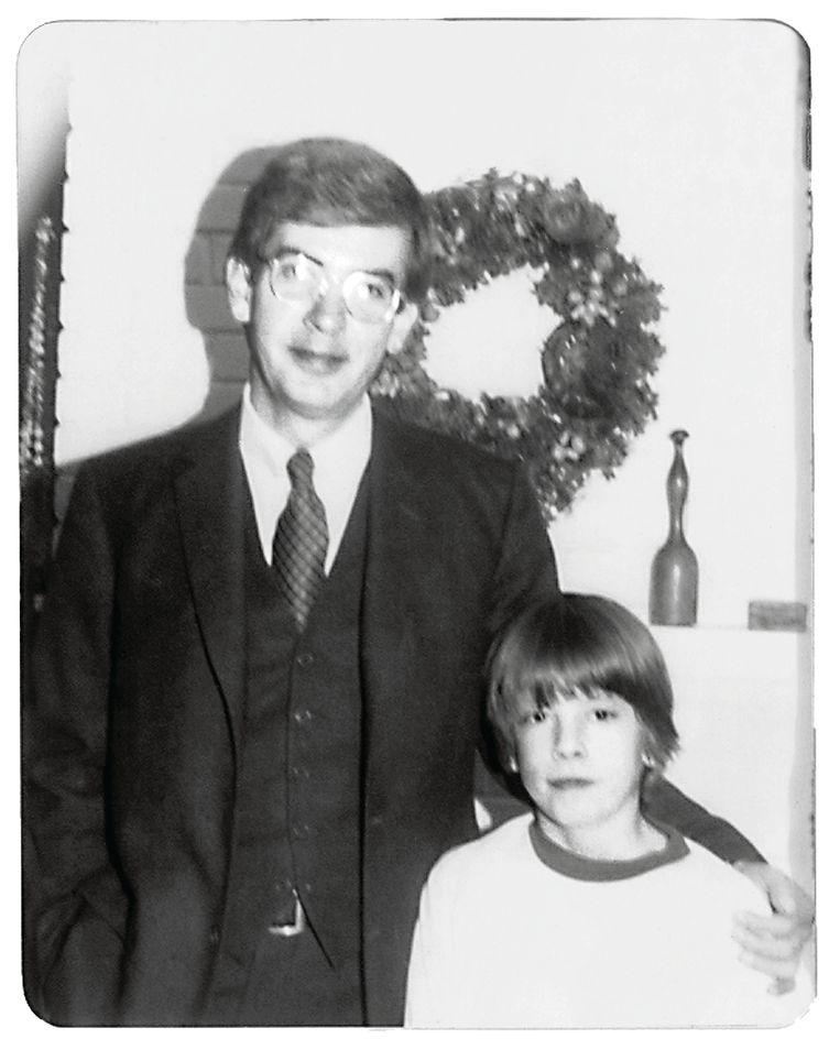 Met zijn vader James. 'Hij droomde ervan dat ik zou opgroeien tot een zakenman met Republikeinse sympathieën. We hebben veel ruziegemaakt.' Beeld Dave Grohl
