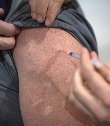 Roep om grenswerkers met voorrang te vaccineren: 'Voor bedrijven in grensregio is het nu bijzonder lastig'
