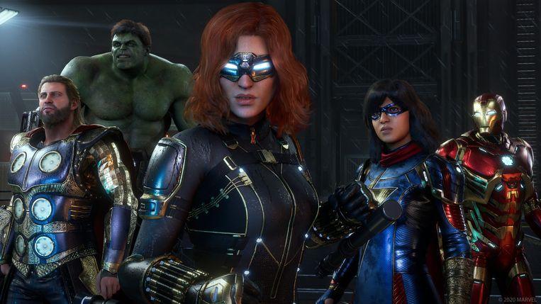 Gedurende een flink stuk van de verhaallijn van 'Marvel's Avengers' probeer je de helden weer bij elkaar te krijgen.