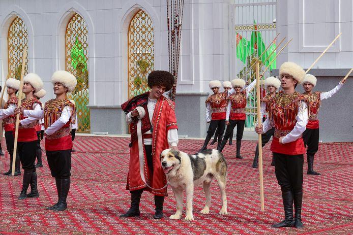 De alabai tijdens de viering van de nieuwe feestdag