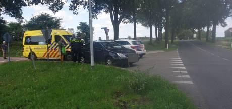 Scooterrijder gewond door botsing met auto in Groesbeek