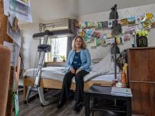 Van sportieve moeder tot bedlegerige rolstoeler: Lennie schreef boek over hoe corona haar sloopte