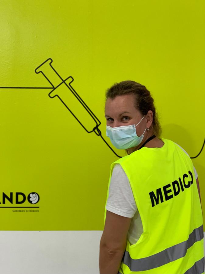 Huisarts Carlijn van Gils uit Best verleende hulp op Curaçao.