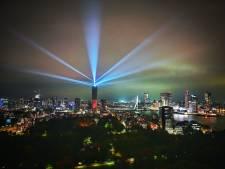 Gemist? Zalmhaventoren viert hoogste punt met lichtshow en illegale hennepteelt-groothandel opgerold
