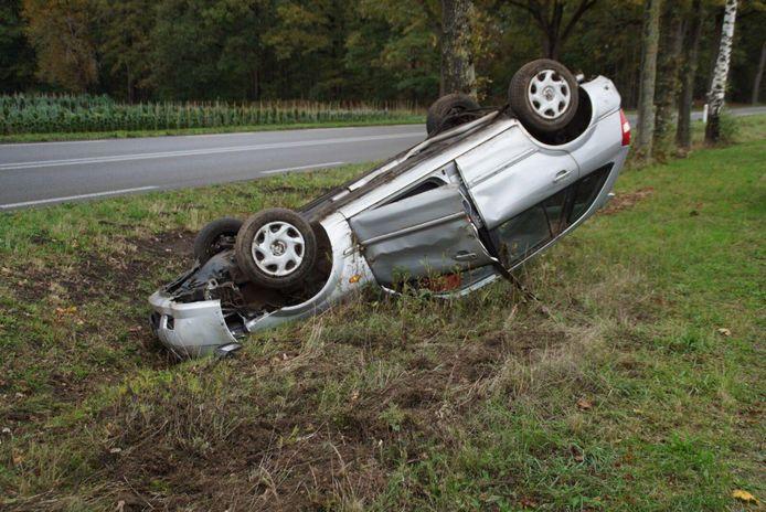 Het ongeluk gebeurde rond 13.40 uur op de Misterweg in Winterswijk.
