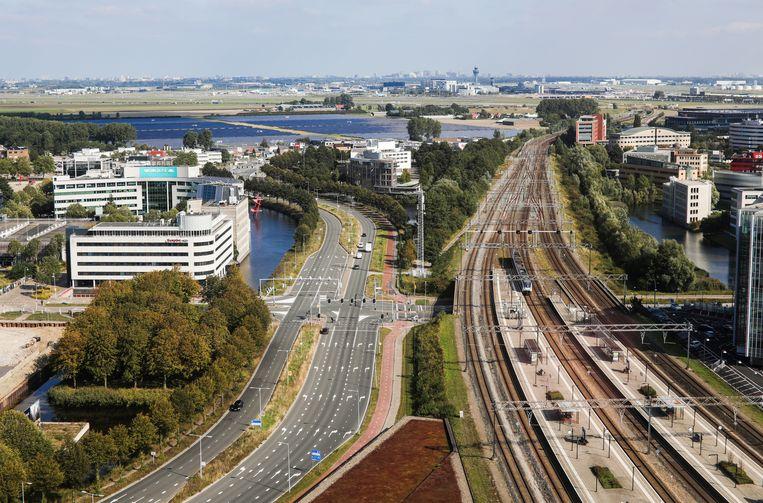 Het gebied rond het station van Hoofddorp zal transformeren tot een plek waar wordt gewoond, gewerkt, geleerd en gerecreëerd. Beeld Eva Plevier