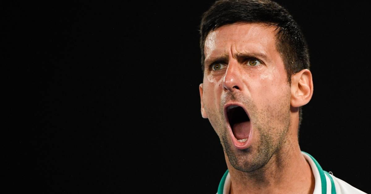 Novak Djokovic 'met bak popcorn' naar negende finale in Melbourne - AD.nl