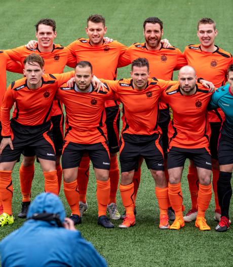 Geen Van Basten in het militaire elftal, maar Van Bokhoven uit Helmond