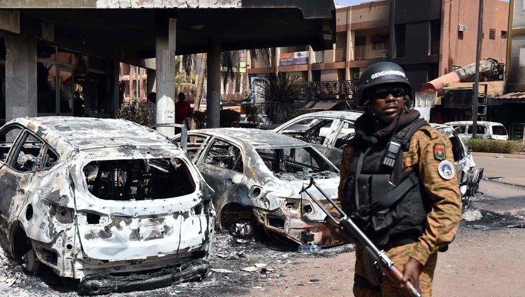 Beeld na de aanslag op luxehotel Splendid in Ouagadougou. Beeld afp