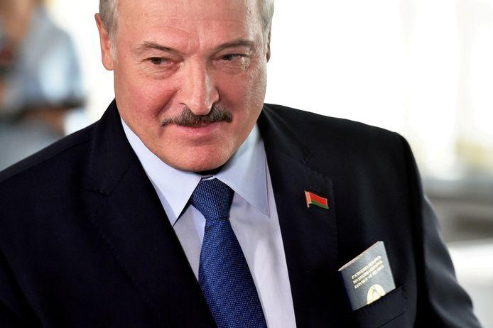 Het protest is gericht tegen de Wit-Russische president Alexander Loekasjenko.
