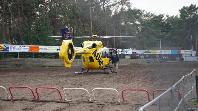 Een traumahelikopter kwam op het ongeval af.