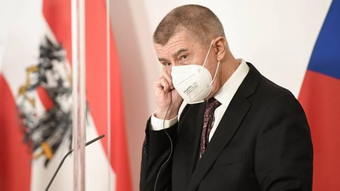 """Tsjechische premier Babis betreurt """"gebrek aan Europese solidariteit"""" bij verdeling Pfizer-vaccins"""