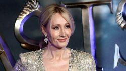"""J.K. Rowling gooit weer olie op het vuur: """"Geslachtsoperaties zijn nieuwe soort conversietherapie voor homo's"""""""