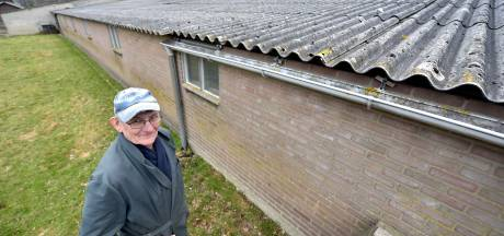 'Haal asbest tijdig van de daken'