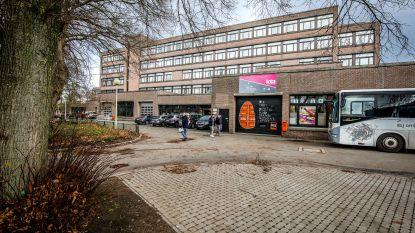 Grootste school van Brugge hakt knopen door: KTA laat eerste-, derde- en vijfdejaars voor rest van schooljaar thuis, ook geen examens
