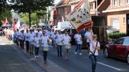 Drie fanfares wandelen samen marathon voor Kinderkankerfonds