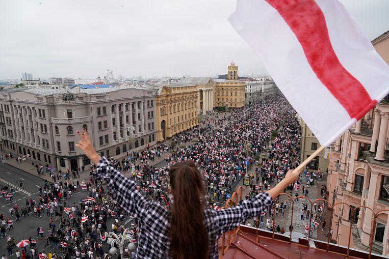 Demonstranten in Minsk protesteren tegen verkiezingsfraude in augustus 2020. Beeld AP