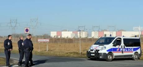 Plusieurs centrales nucléaires prises d'assaut