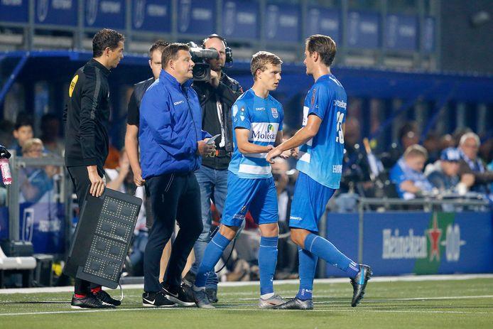 Augustus 2019: gedenkwaardig moment voor debutant Jarno Westerman als hij tegen Willem II (1-3) mag invallen voor Etiënne Reijnen.