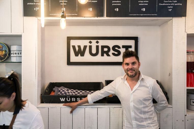 Tv-kok Jeroen Meus in zijn nieuwe Würst pop-up.