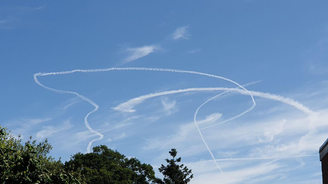 Bijzondere kronkels in het luchtruim boven Twente.