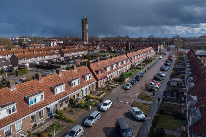 Foto van woningen vlakbij het centrum van Emmeloord ter illustratie.