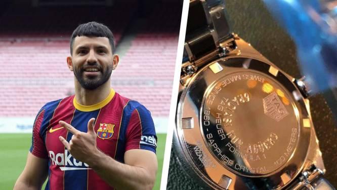 Sergio Agüero bedankt stafleden Man City door luxehorloges cadeau te doen én Range Rover te verloten